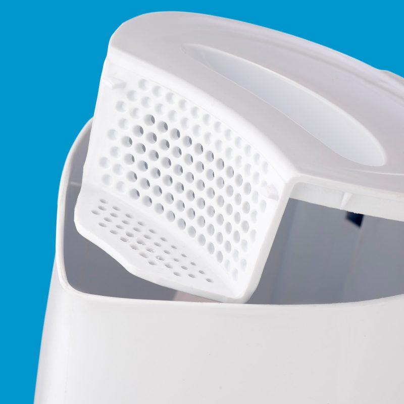Salton 1.7l White Plastic Cordless Kettle